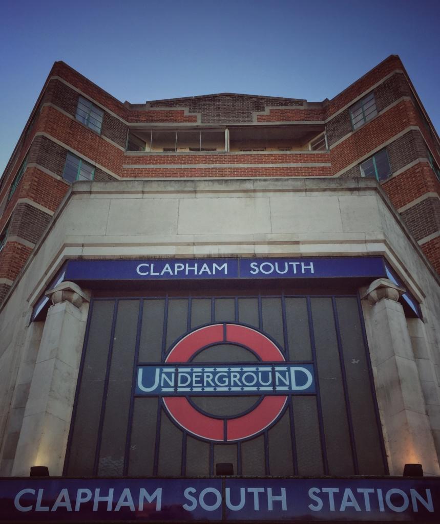 Clapham South sign